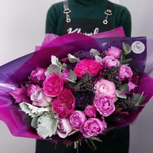 Букет из пионовидных роз цвета фуксия