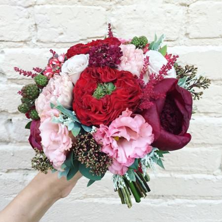 Букет невесты с розами ред ай