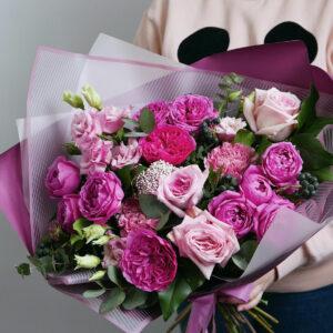 Букет с розами баронесса