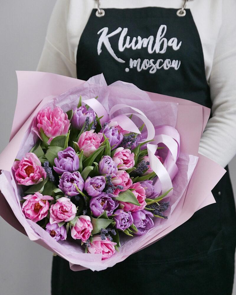 25 пионовидных тюльпанов с лавандой